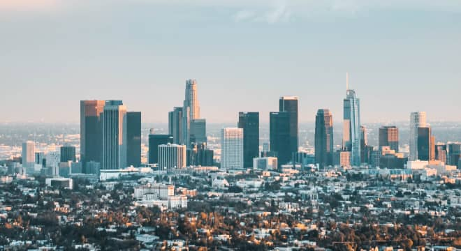 Los Ángeles, CA office image, credits: Photo by Pedro Marroquin on Unsplash